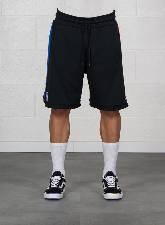 M BERMUDA NBA BAND SWEATSHORT I18, BLACK/MULTI, medium