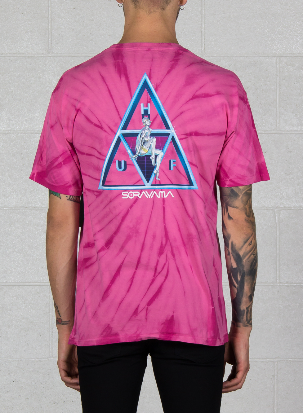 22ad617362bc1 HUF mens Sorayama TT SS Tee Shirt Pink Medium New w/Tag Skateboard ...